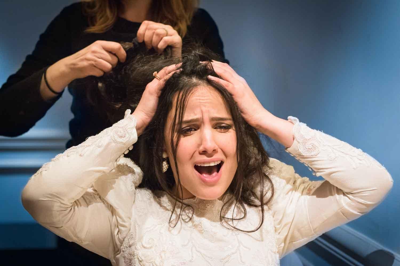 coiffure qui fait mal à la marié
